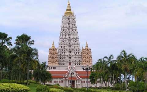 Крупнейший в Таиланде храмовый комплекс Ват Ян.